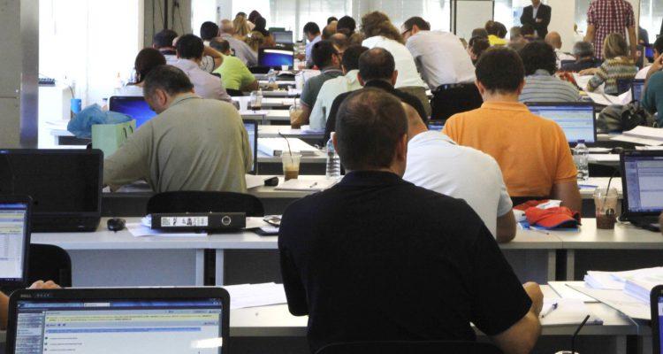 Εργασιακό κόστος και περικοπές στις αποδοχές των εργαζομένων την περίοδο των Μνημονίων